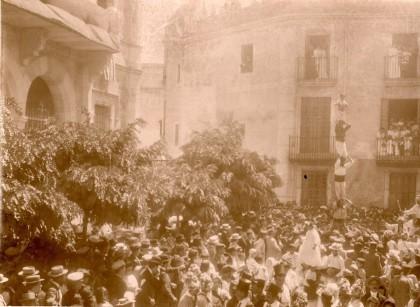 La Colla Vella a la Festa Major de Sant Bartomeu de Sitges de 1900