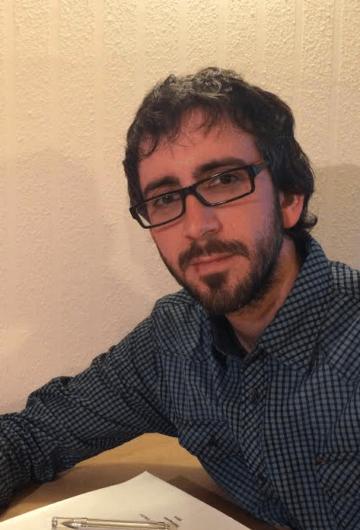 """Dr. Àlex Cervelló: """"vaig deixar de banda les idees preconcebudes sobre els Xiquets de Valls per treballar amb els documents"""""""